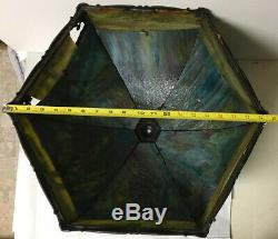BEAUTIFUL VINTAGE TWO-TONE SLAG GLASS METAL OVERLAY LAMP SHADE(only), no base