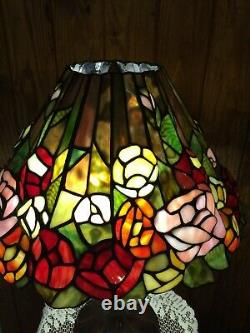Beautiful Vintage Tiffany Style Leaded Stained Glass Accordion Pleated Lamp