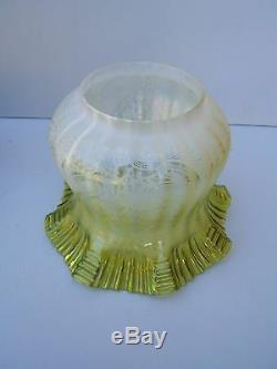 Oil lamp Brass vintage Duplex Green/Yellow shade & font beautiful working OL2