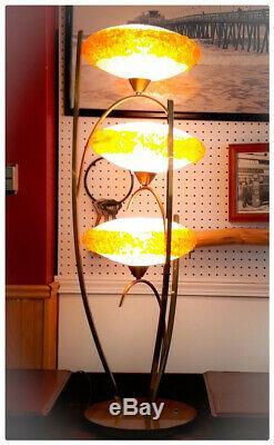 RARE Mid-Century modern Vintage Spaghetti Lamp Lucite Shades UFO lamp