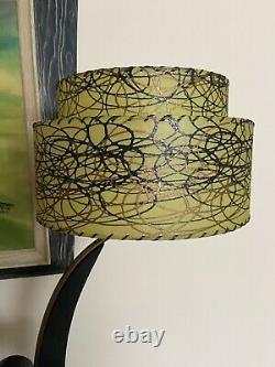 Rare Green Vintage Majestic Lamp With Fiberglass Shade Large 50s Retro