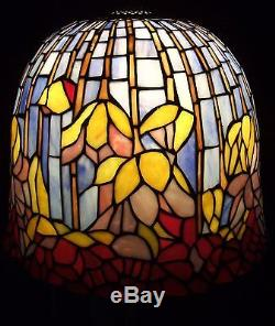 Vintage tiffany style stained glass lamp shade pond lily lotus 4 aloadofball Image collections