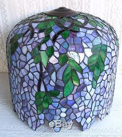 Vintage tiffany style wisteria stained glass lamp shade 3 vintage tiffany style wisteria stained glass lamp shade 3 mozeypictures Image collections