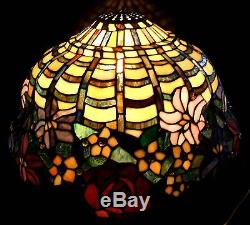 Vintage tiffany style wisteria stained glass lamp shade 334 mozeypictures Gallery