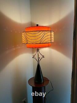 Vintage Lamp Fiberglass 3 Tire Shade Mid Century Modern Atomic